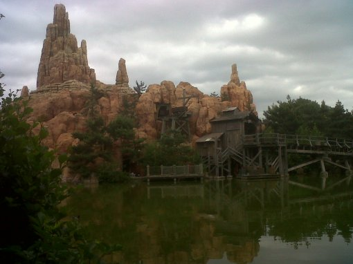 Funny Ruins at Disneyland, Paris