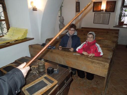 Scoala pe vremea Sfantului Nicoale ... (Brasov, Prima Scoala Romaneasca, ian 2013)