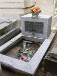 Piatra de mormant a lui Jim Morrison. Ar fi implinit anul acesta 70 de ani!