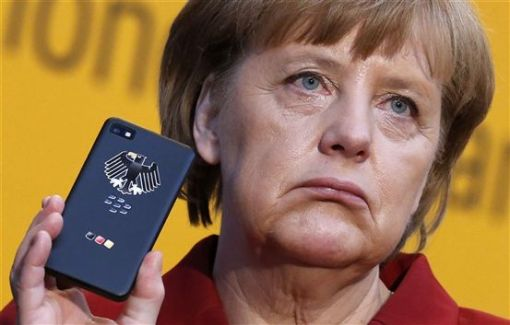 Angela Merkel chanting for Blackberry