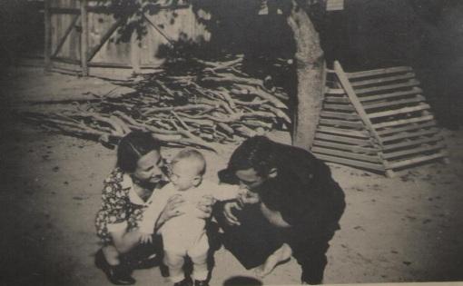 1942_Cincu_Fratele cel mare la varsta de un an